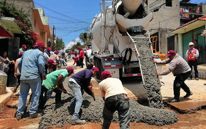Repararon socavón de 100 metros en Lomas de San Agustín, Naucalpan